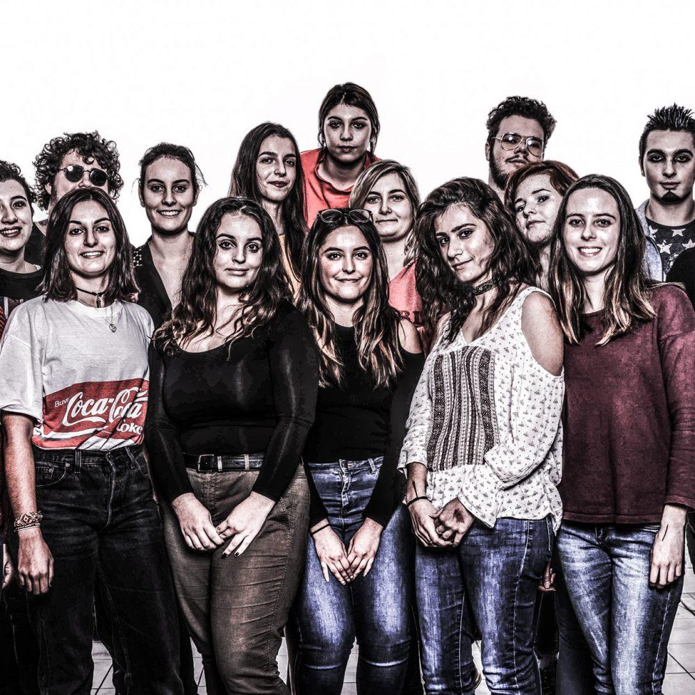 Les Frutiger en groupe après le module photo en CCV1 2017-2018