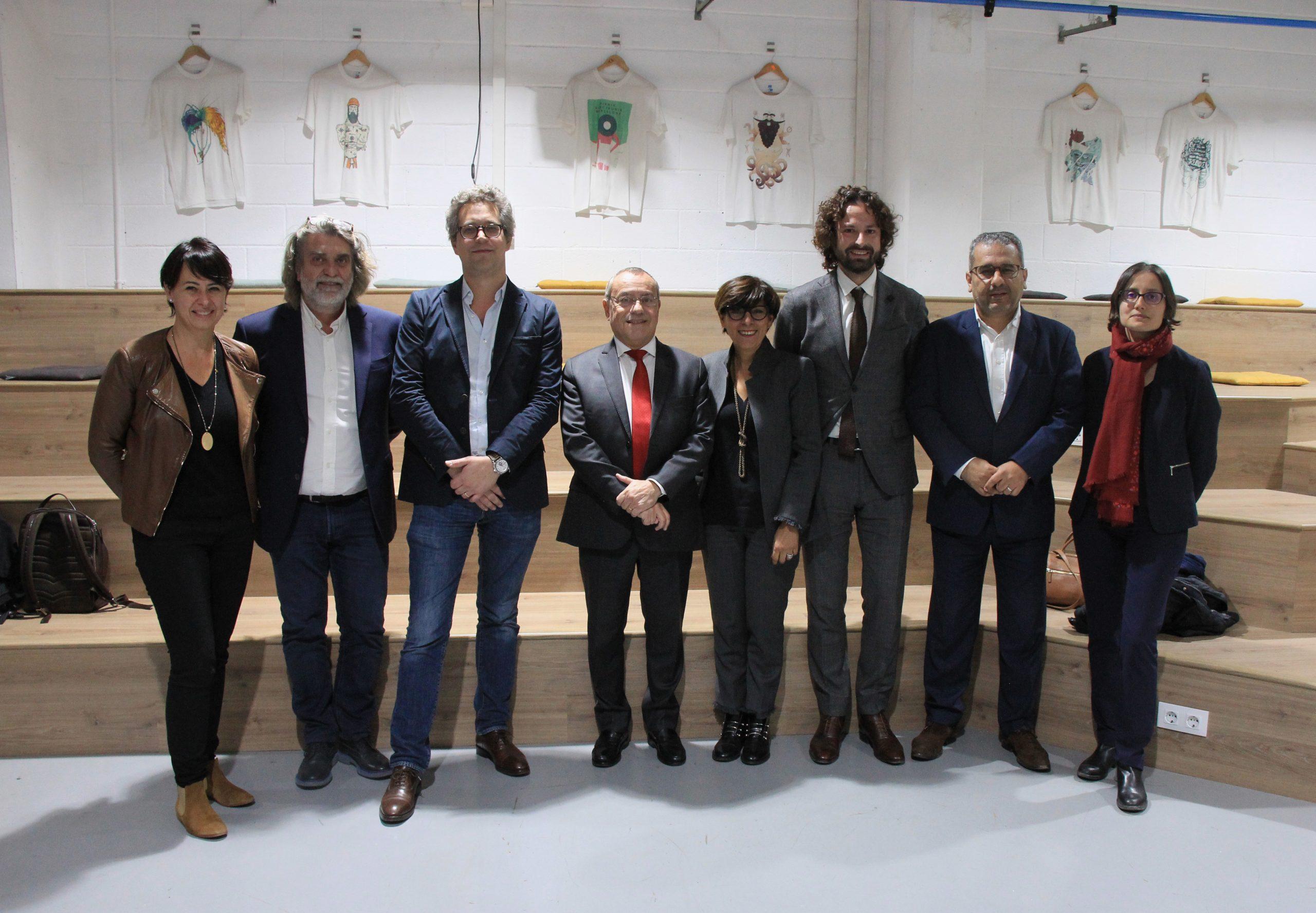 {AMBASSADEUR DE FRANCE A L'IDEM} M.Jean-Michel Casa s'est rendu à l'Idem de Barcelone !